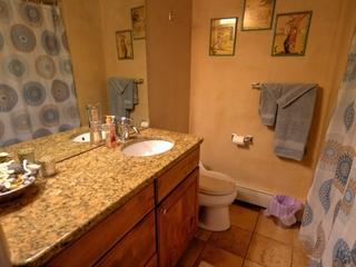 Bathroom 2 with Jacuzzi Tub