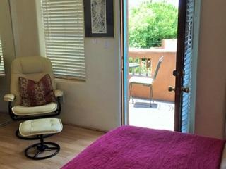 Master bedroom, out door balcony