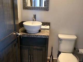 Bathroom #2\n
