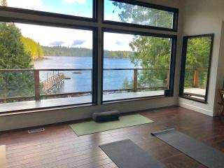 Personalized Yoga Waterfront Studio